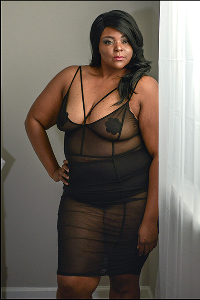 Slimming boudoir outfits