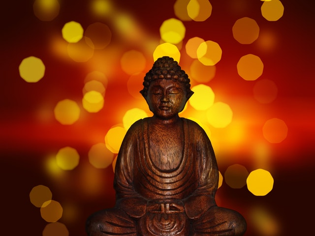 Budha statue with bokeh