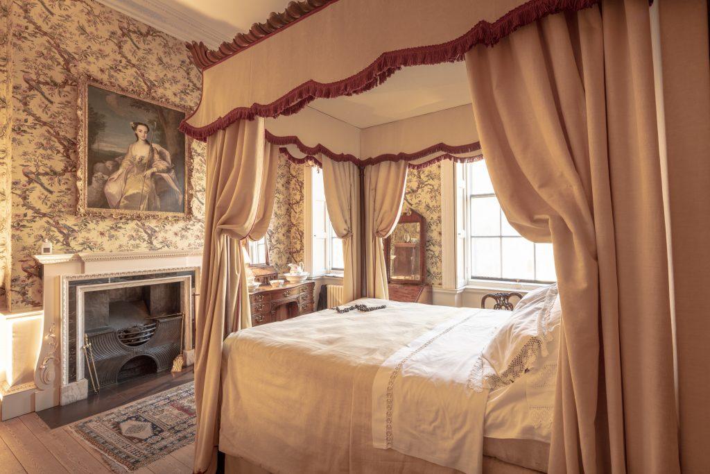 Vintage bedroom suite